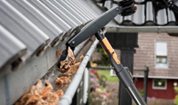 Gutter Cleaning in Portland OR Gutter Cleaning in OR Portland